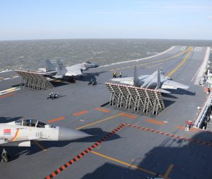 fighter-drills-by-chinas-aircraft-carrier