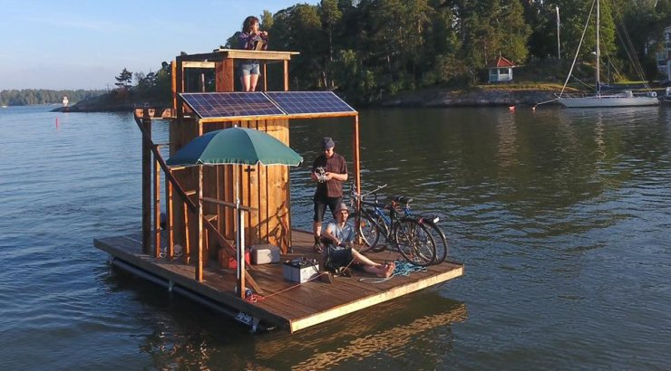 Travel on Sailing Sauna